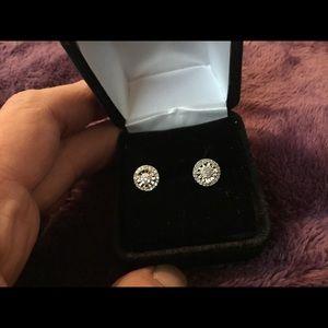 Jewelry - 1/4 Caret Baguette & Rounds Diamond Earrings!